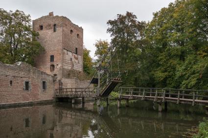 Kasteel Duurstede. De 13e-eeuwse donjon van Zweder van Abcoude. © Bert van As